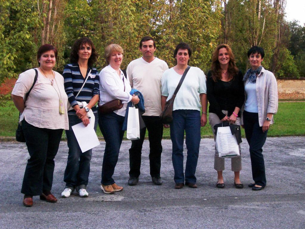 Bruna, Sabrina, Vicki, Massimo, Silvia, Sonia e Loredana alla prima riunione di AIMUSE